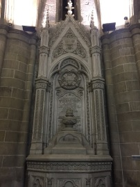 Prayer engraved in the architecture